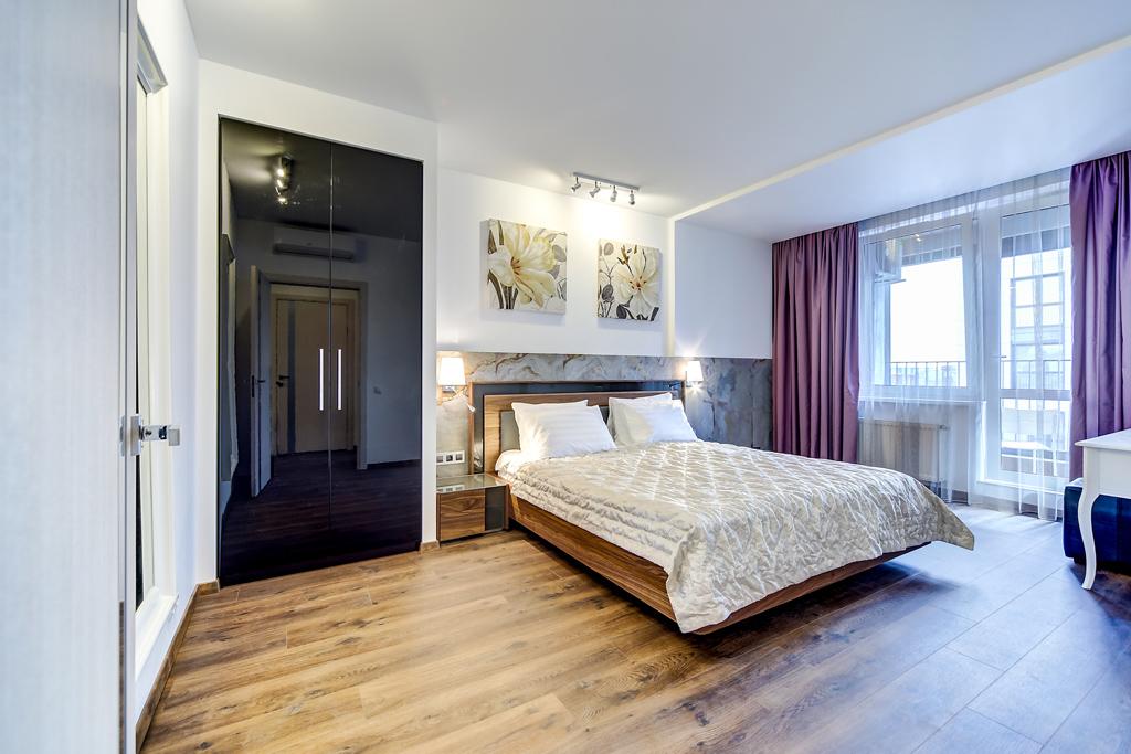 d575cdb21798e Однокомнатная квартира в центре Санкт-Петербурга. | TINT SOUL